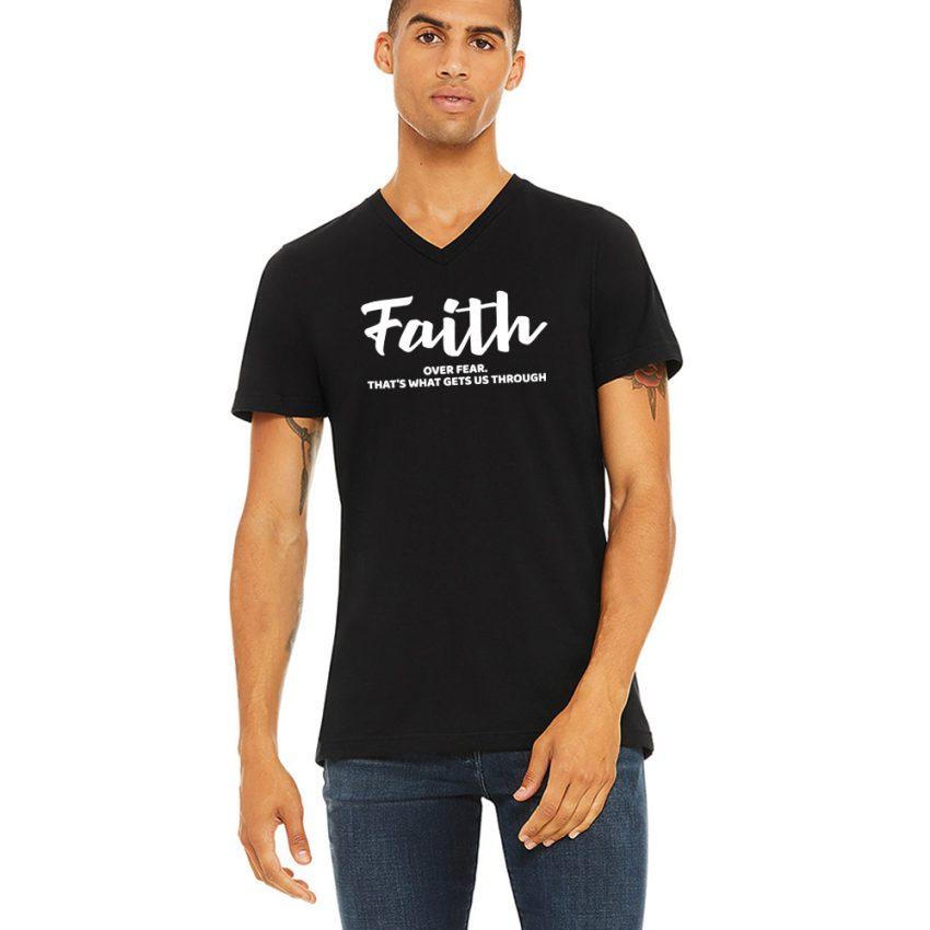 men-model-blk-faith-Vnk-tee